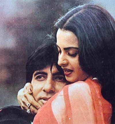 Rekha with Amitabh – a movie scene.